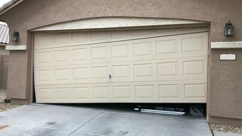 How to Find a Reputed Garage Door Repair Company?