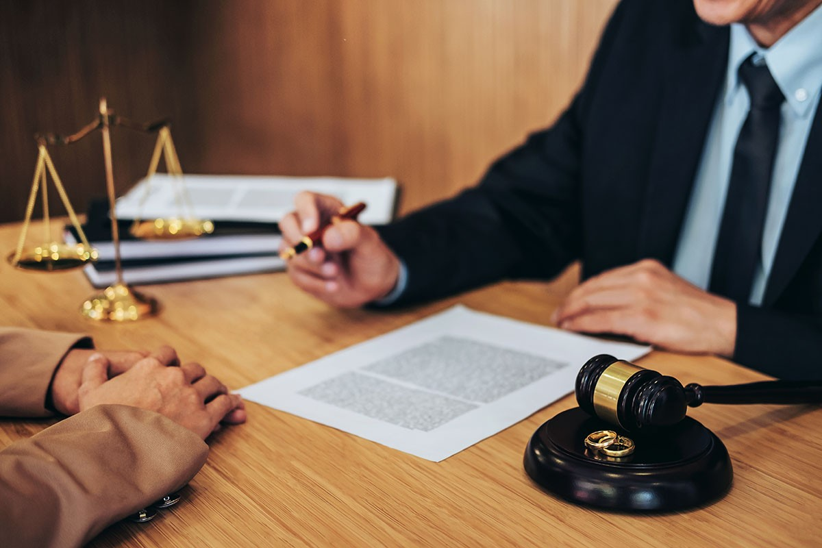 What should you consider looking for in a Divorce Lawyer?