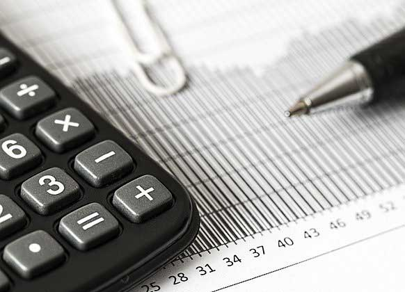 What are the Benefits of Hiring a Financial Accountant & How Do I Hire One?
