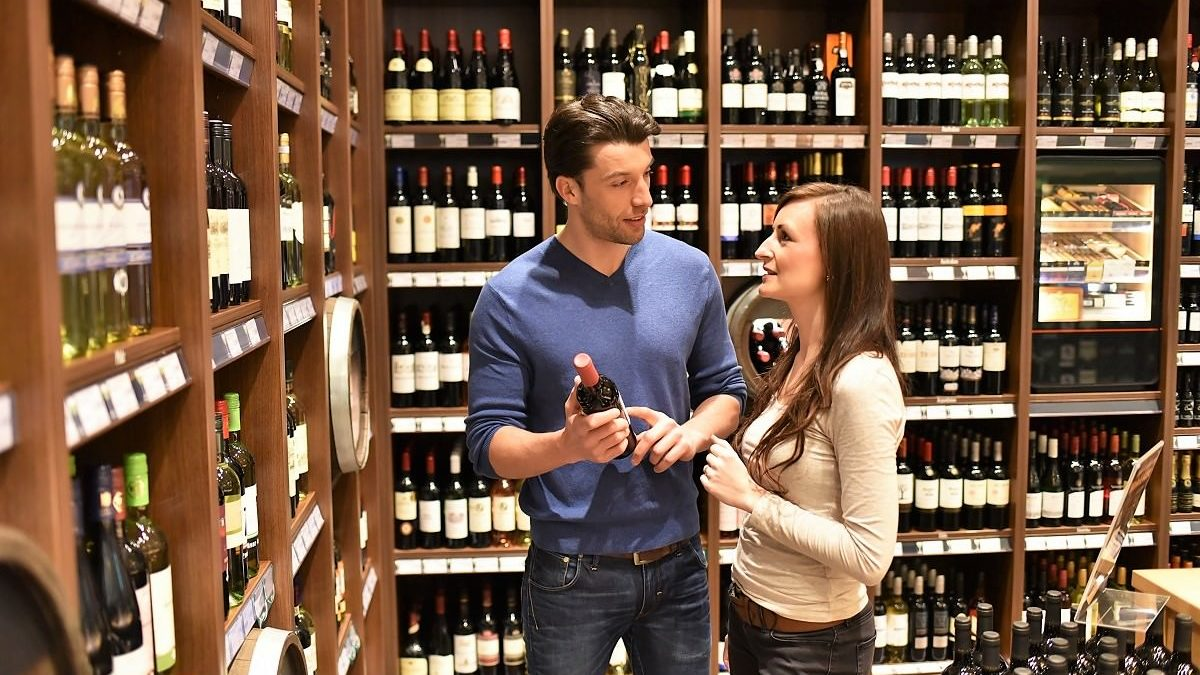Why Do Wineries Purchase Eco-Friendly Wine Totes?